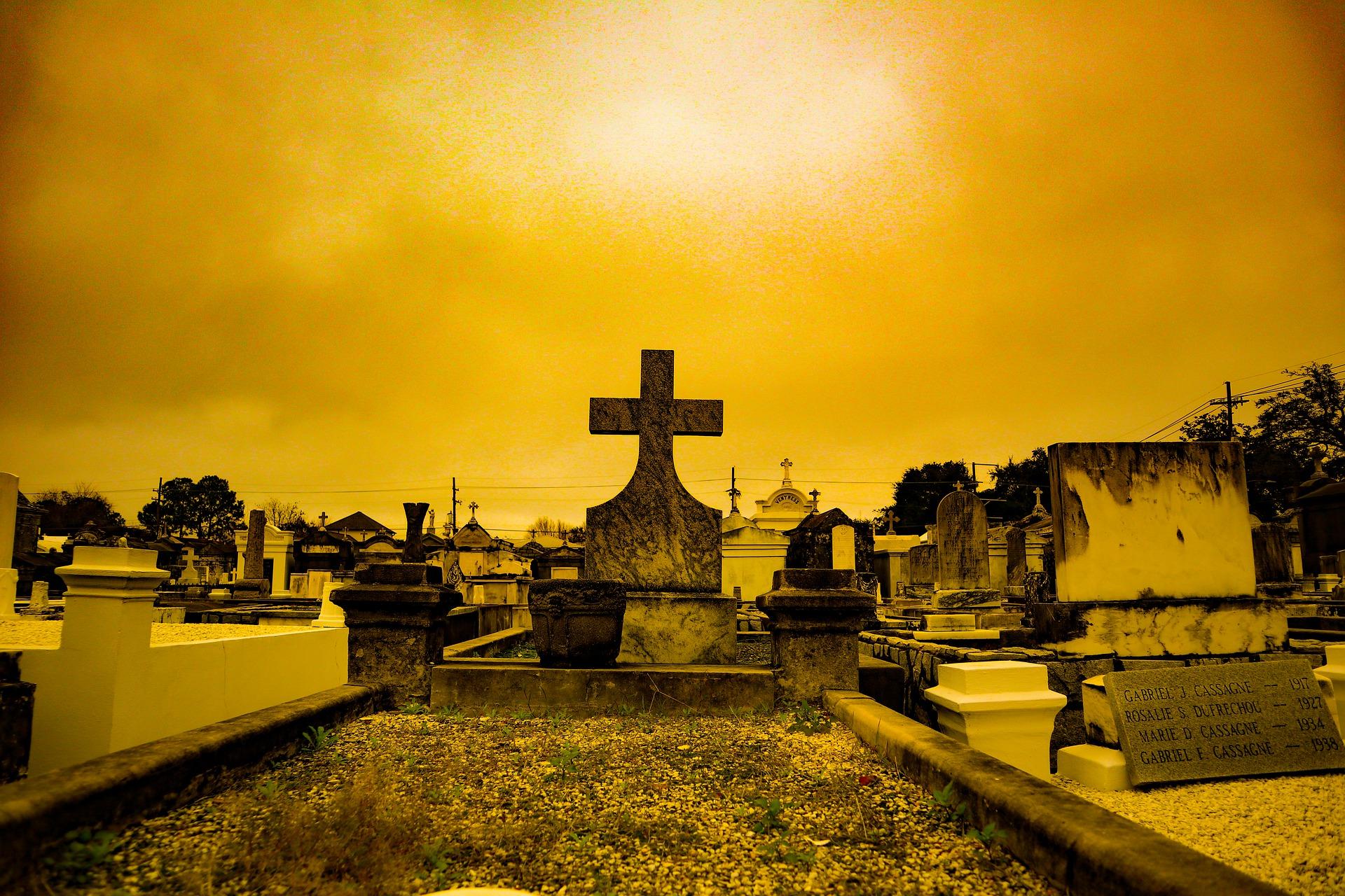 cemetery-4769372_1920