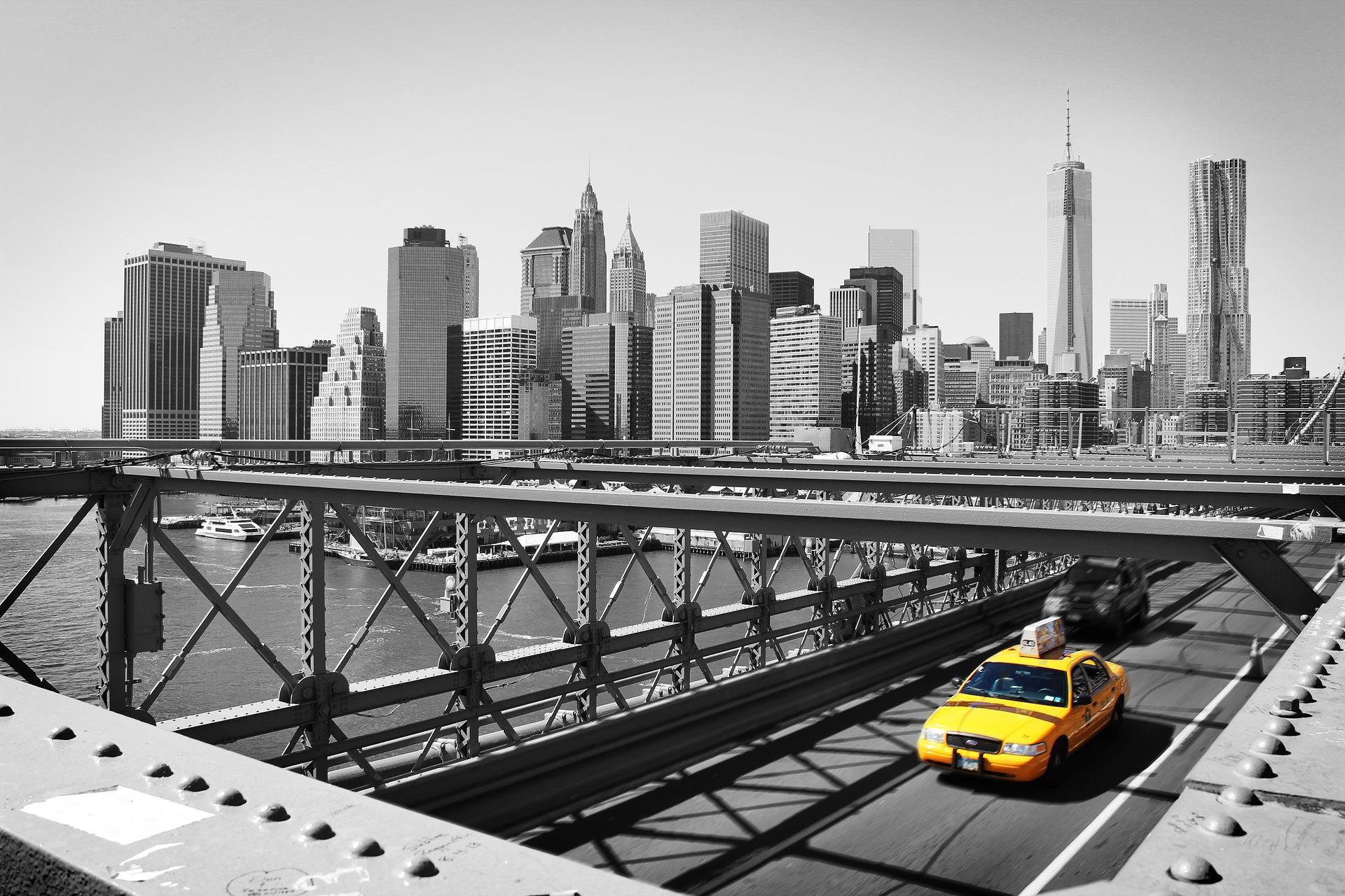 taxi-988364_1920