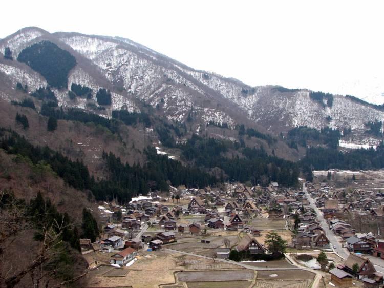 Ogimachi_Village-01