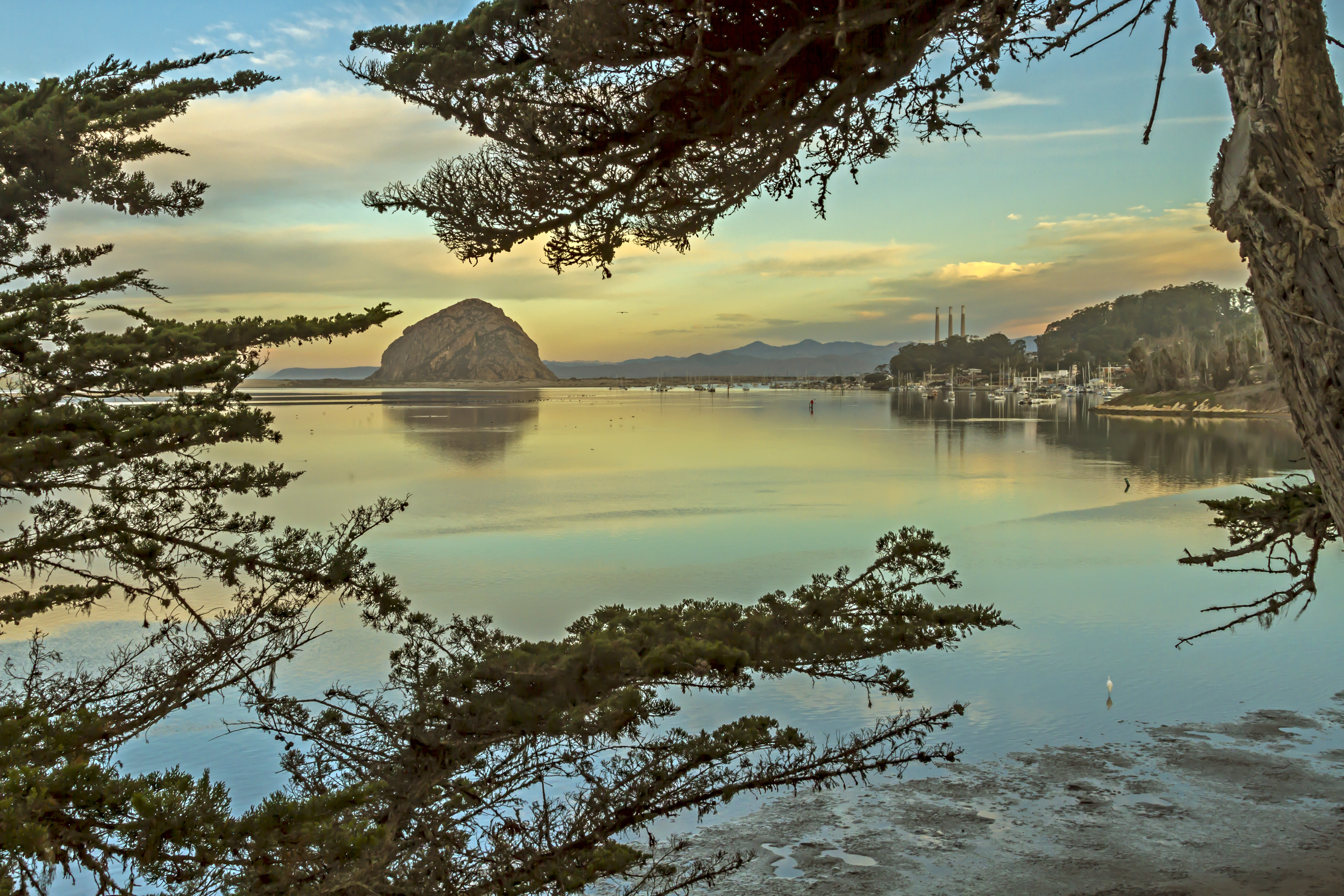 Dawn1_at_Morro_Bay.tiff